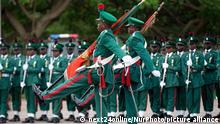 Nigeria Militärparade zum 55. Jahrestag der Unabhängigkeit in Abuja