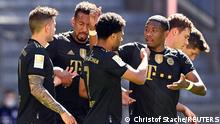 Fußball Bundesliga |FC Bayern München vs. FC Augsburg | 2. TOR Bayern
