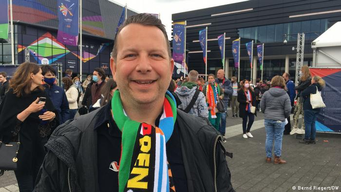 Niederlande Rotterdam   Eurovision Song Contest 2021  Fan Gert-Jan Verboom