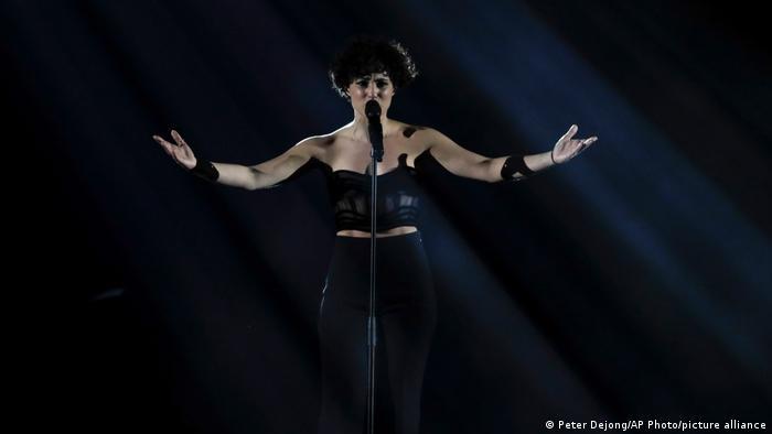 2021 Eurovision Song Contest: Barbara Pravi (Frankreich)