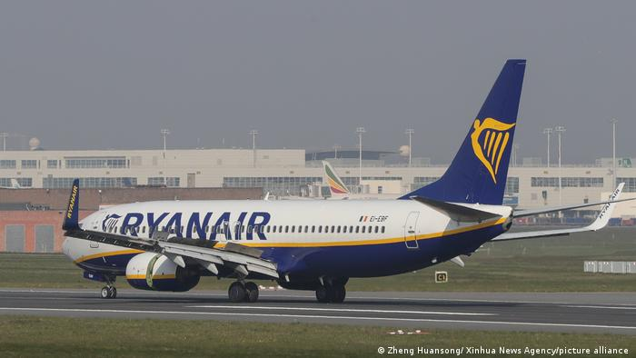 Ilustrasi pesawat Ryanair