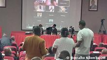 Raum der Veranstaltung der Journalistin in Angola Thema: Presse Fraiheit in Angola Autor: Borralho Ndomba DW Korrespondent Ort: Luanda, Angola