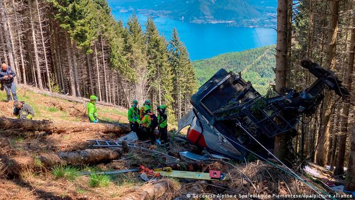 Die kurz vor der Bergstation am Monte Mottarone abgestürzte Seilbahn-Gondel