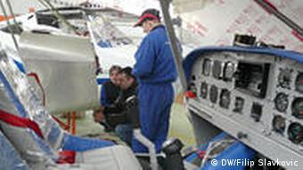 Flugzeug Kontrolle durch Fabrikchef Milorad Matic