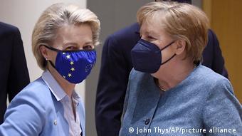 Οι δύο ισχυρές κυρίες της ΕΕ ζήτησαν την περασμένη Δευτέρα 24.05 στις Βρυξέλλες αυστηρές κυρώσεις σε βάρος της Λευκορωσίας