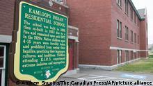 Kanada | Überreste von 215 Kindern auf Internatsgelände gefunden