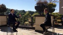 Bundesgesundheitsminister Jens Spahn und unserer Korrespondent Adrian Kriesch in Südafrika. Bitte nur zu Verwendung für die Berichterstattung rund um das Interview!