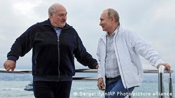 Лукашенко и Путин на палубе корабля