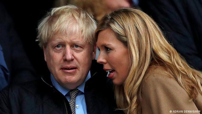 Boris Johnson y Carrie Symonds.
