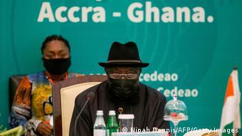 L'ex président du Nigeria Gooluck Jonathan médiateur de la Cédéao au sommet d'Accra le 30 mai 2021.
