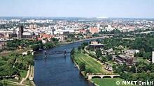 Luftbild von Magdeburg - mit Aufnahme der Elbe und dem Dom von Magdeburg