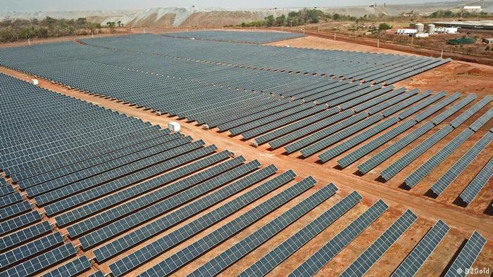 Solarpark an einer Goldmine in Mali