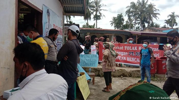 A protest against a zinc mine in North Sumatra, Indonesien