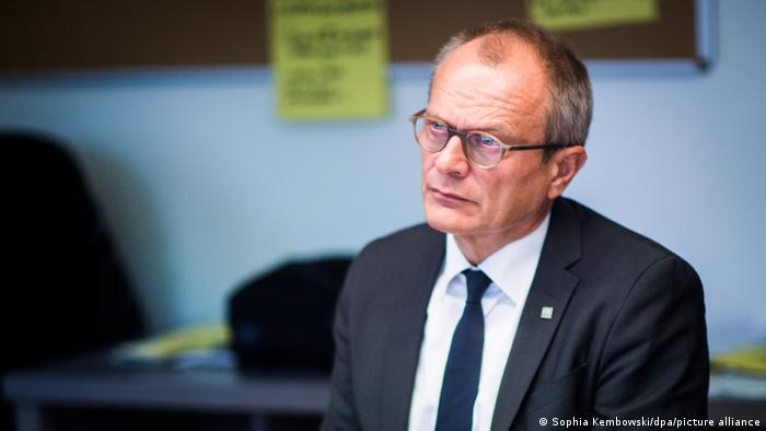 Diakonie-Präsident Lilie besucht Familiennotunterkunft - Ulrich Lilie