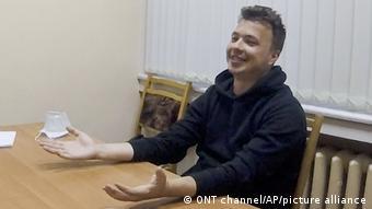 Роман Протасевич в видео, показанном телеканалом ОНТ
