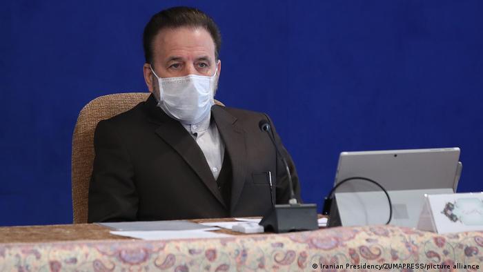 محمود واعظی، یکی از اعضای شورای مرکزی حزب اعتدال و توسعه