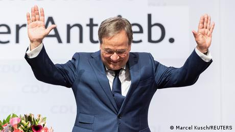 Armin Laschet receiving standing ovations during a CDU party convention on June 5, 2021