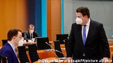Kabinettssitzung - Jens Spahn und Hubertus Heil