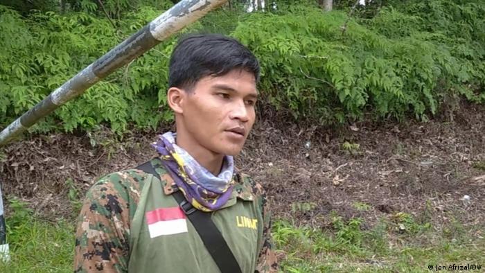 Tole, pemuda penjaga Hutan Harapan di Jambi