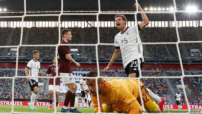 EM Freundschaftsspiel | Deutschland Lettland Jubel Müller