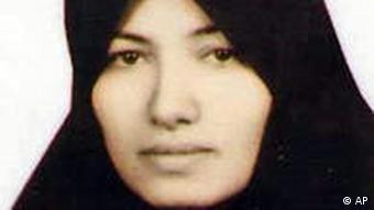 Iran Sakineh Mohammadi-Aschtiani Todesurteil durch Steinigung wegen Ehebruchs verurteilt