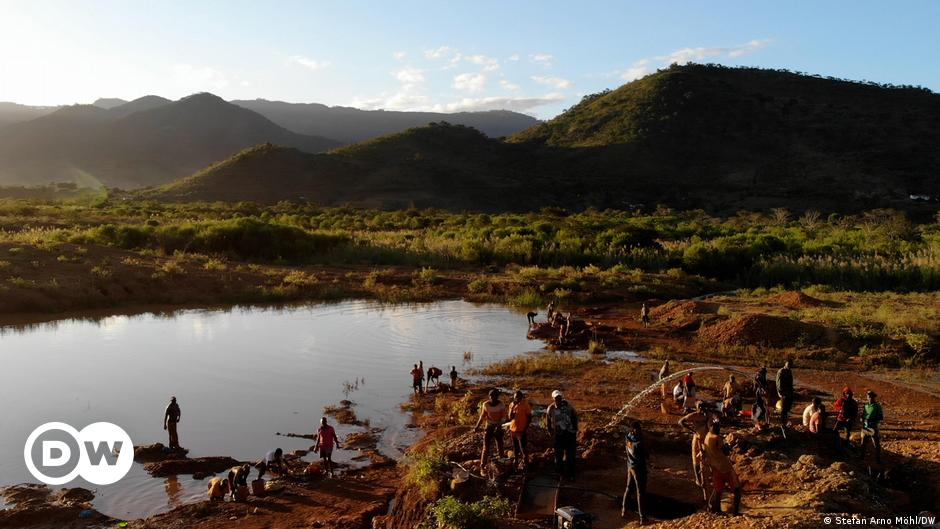 Mozambique: Swapping gold for organic farming