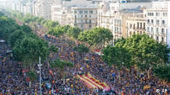 A million people take part in protest march in Barcelona