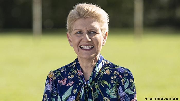 Debbie Hewitt zur Vorsitzenden des Fußballverbandes FA ernannt