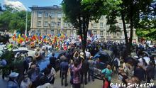 Proteste in Chisinau, Republik Moldau, um die Eröffnung von mehreren Wahllokalen im Ausland für die vorgezogene Wahl am 11 Juli. Die Fotos hat Iulia Sarivan aufgenommen und DW hat die Rechte.