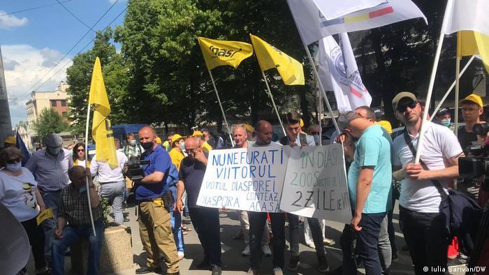 Proteste la Chișinău alegeri anticipate 2021