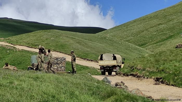 Wall being built on the Armenian-Azerbaijani border