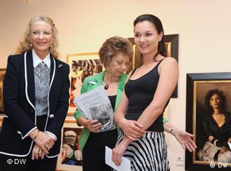Принцеси Кентська Майкл (ліворуч) і Юлія Подольська (праворуч)