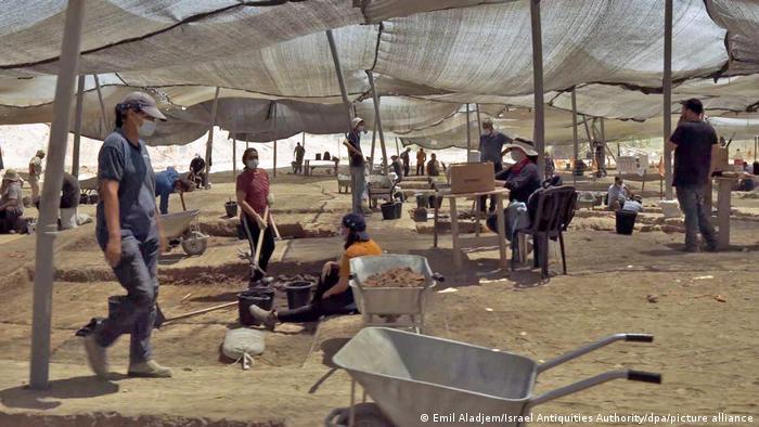 این حفاری در شهر یبنه صورت گرفته است.