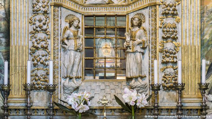 Базилика Сан-Доменико в Сиене