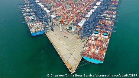 深圳盐田港集装箱码头物流不畅,对全球贸易都造成了巨大影响