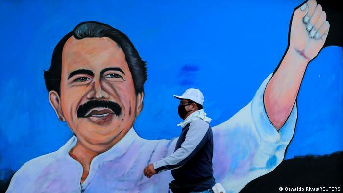 Mural de Daniel Ortega.