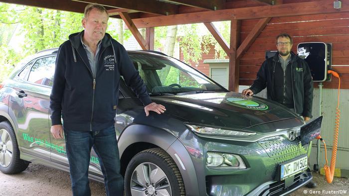 Deutschland Elektroauto von Sprakebüll für die Bewohner