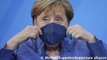 Deutschland Berlin Ministerpräsidentenkonferenz Angela Merkel (CDU) und Michael Müller (SPD)