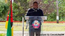 Titel: Mosambikanische Präsident Filipe Nyusi bei der Einweihung eines neuen Krankenhauses Beschreibung:Der Mosambikanische Präsident Filipe Nyusi spricht bei der Einweihung des neuen Krankenhauses in Jangamo, Inhambane Ort: Jangamo, Inhambane Datum: 11.06.21 Autor: Luciano da Conceição (Korrespondent)