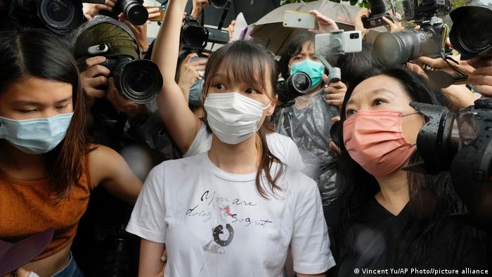 Hongkong Freilassung der Aktivistin Agnes Chow