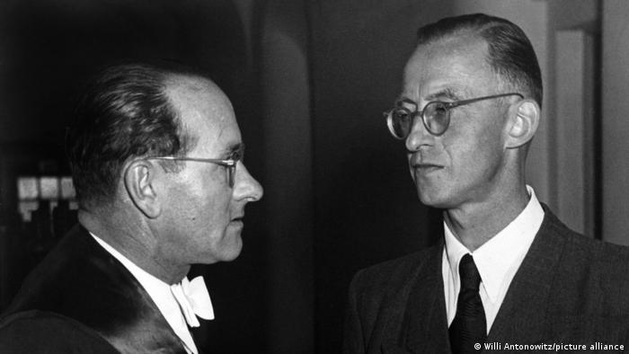 Oskarżony Otto Thorbeck w sądzie w Monachium w 1952 roku