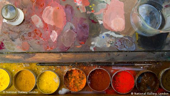 Restorer's palette and pigments