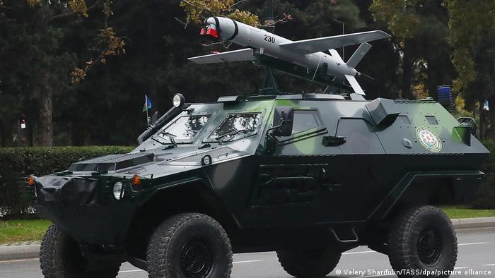 Aserbaidschan Militärparade Drohnen in Baku