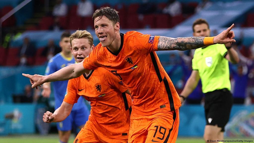 Euro 2020: Who is Netherlands striker Wout Weghorst, the Wolfsburg late bloomer? | Sports| German football and major international sports news | DW | 14.06.2021