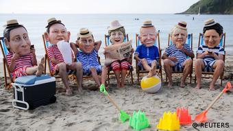 Οι 7 παίζοντας με τα κουβαδάκια τους. Χιουμοριστικές εκδηλώσεις αντίδρασης στο περιθώριο της συνάντησης της ομάδας των G7