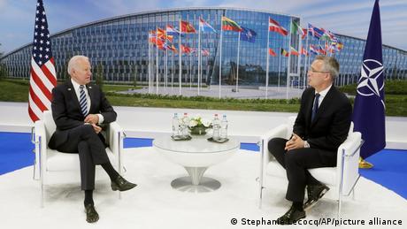 O Μπάιντεν επιδιώκει νέα αρχή στις σχέσεις ΗΠΑ-ΝΑΤΟ
