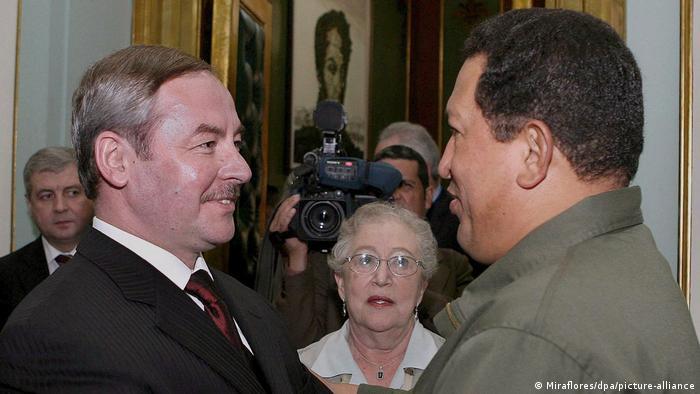 Виктор Шейман у Уго Чавеса в 2006 году