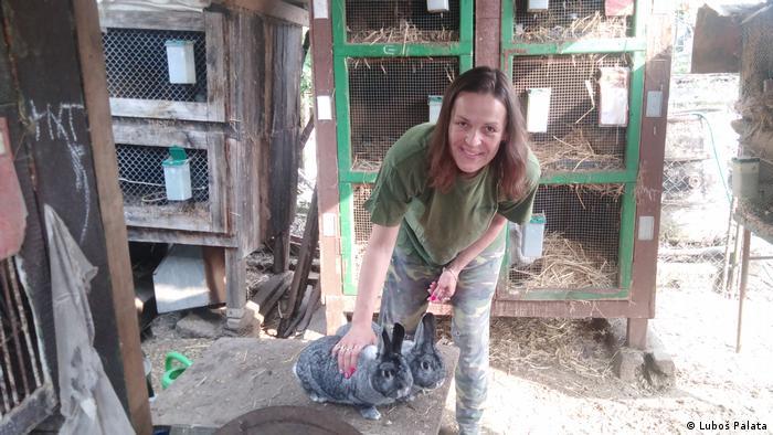 Jitka Kotusová, eine Kaninchenzüchterin aus dem tschechischen Úvaly