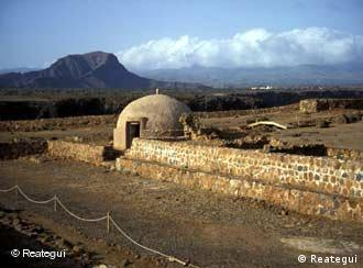Fortaleza construída por portugueses na ilha de Santiago, Cabo Verde, no século 15