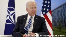 Belgien Brüssel | Joe Biden im Gespräch mit Jens Stoltenberg